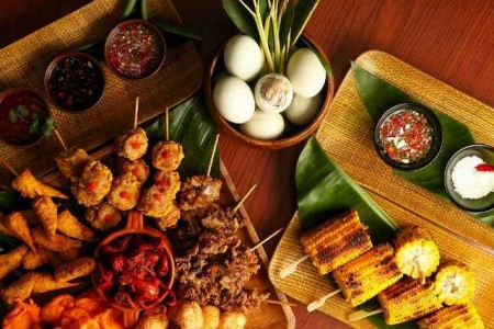 Sunset Bar Easter Barbecue Buffet (1024x696) (640x435)