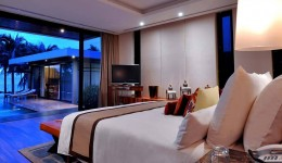 Copy-of-V-villas-huahin_luxury_hotel_THE-PRESIDENTIAL-BEACHFRONT---Bedroom-2
